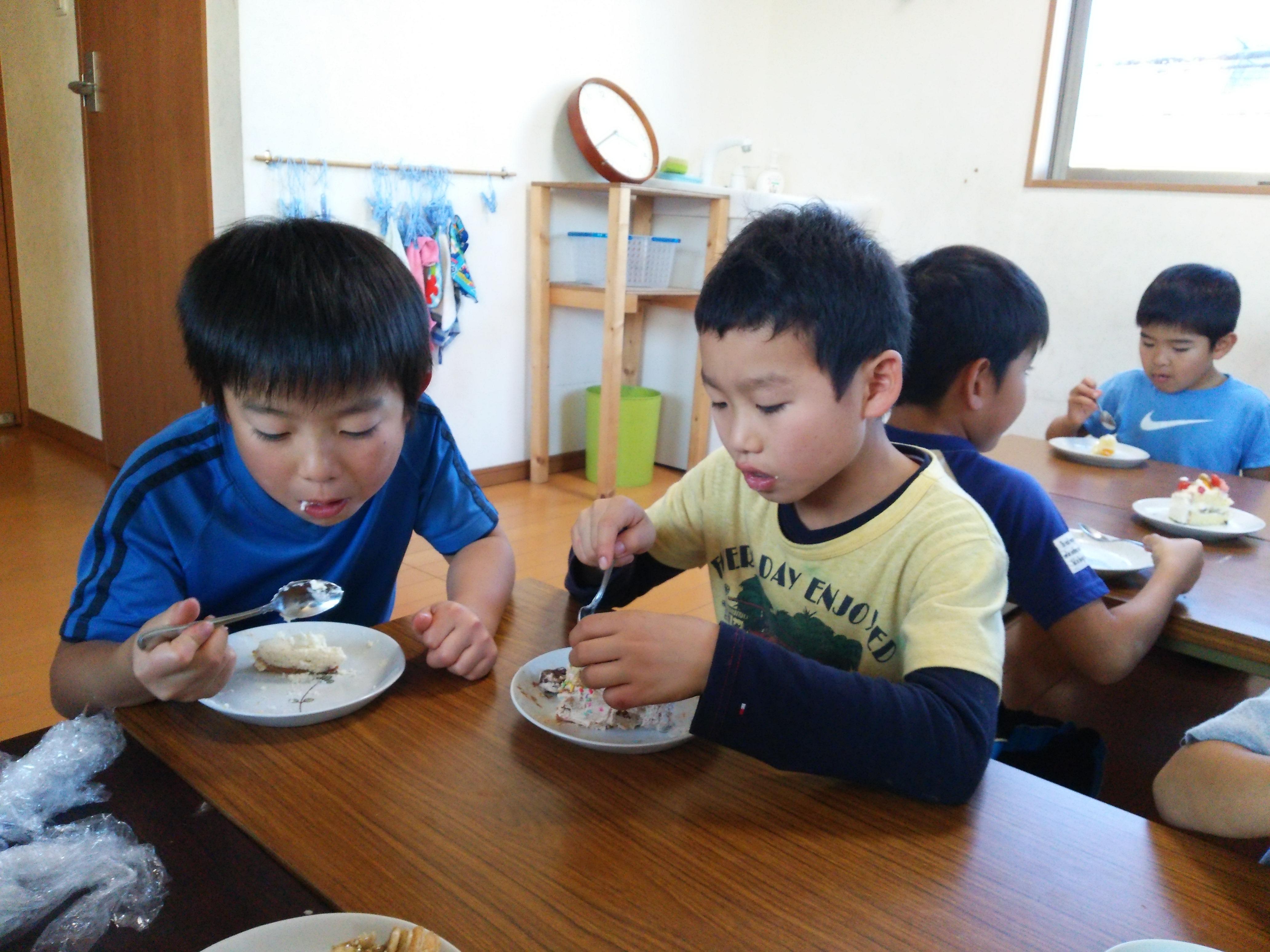 食べてる様子3.jpg